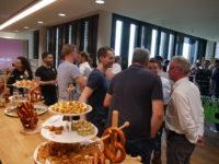Das Bild zeigt Teilnehmer des Networking-Events Spätschicht